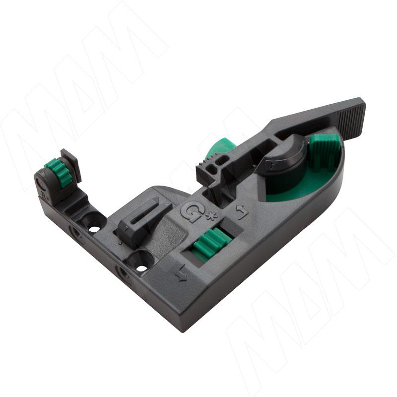 Dynapro крепление к фасаду 3D (правое) (F134108948)
